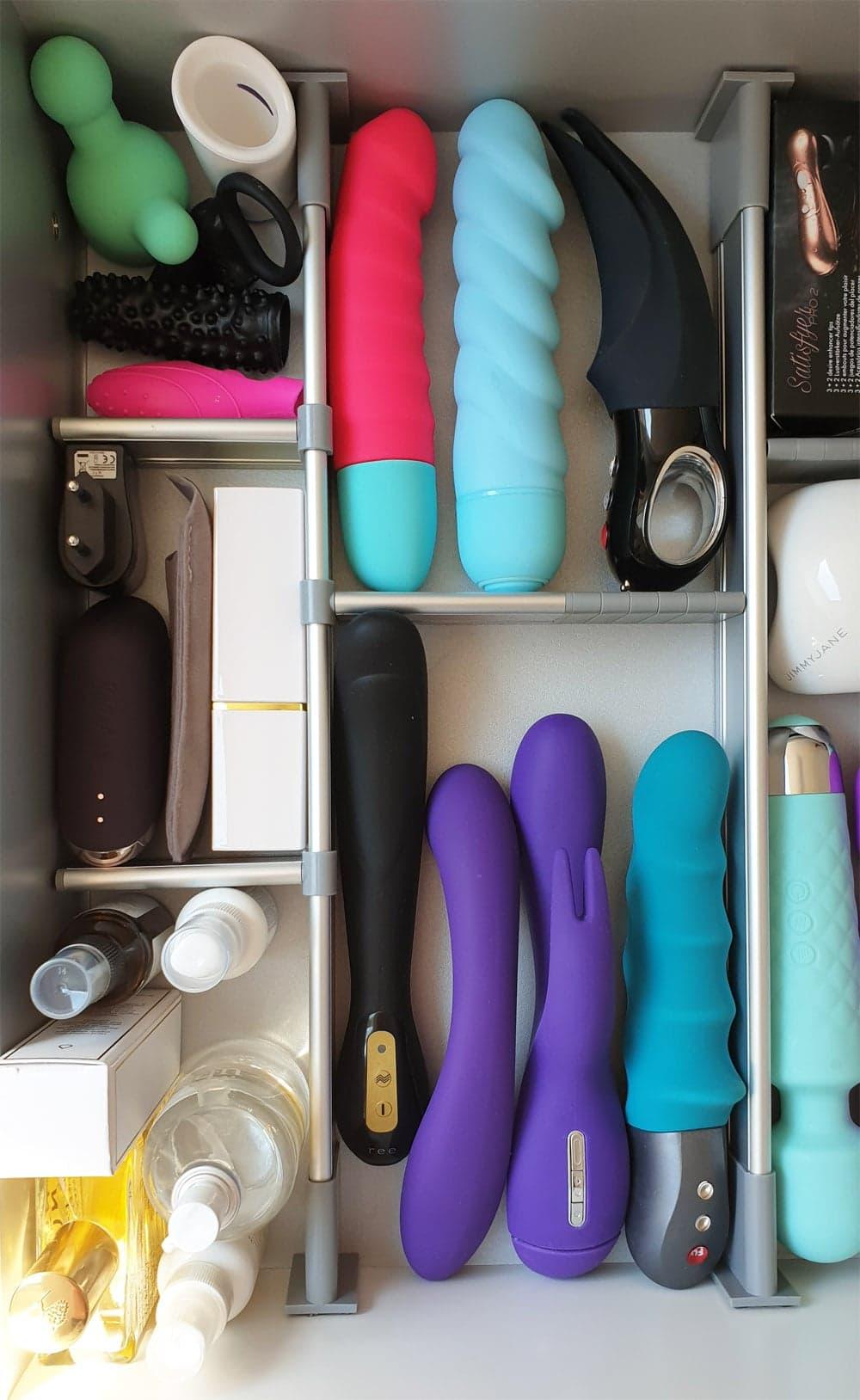 Schubladen-Trennsystem für Ordnung im Schlafzimmer
